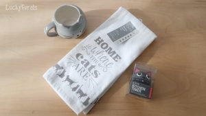Win a Gray Cat Tea Time Gift Set! Day 6 of the 12 Days Of Catmas Giveaways!